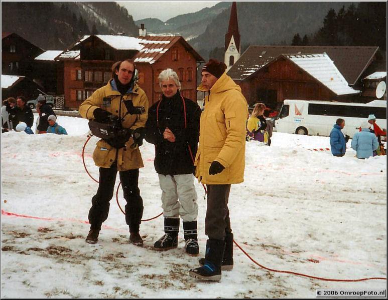 Foto 2-39.Johan van Elk, Jan van Ooijen en Hennie Oerbekke