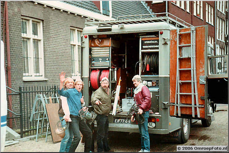 Foto 6-107. Trein 10 bij de Synagoge in Amsterdam 1980 Hans van der Parren - Arno Warmerdam - Jan Schimmel - Jan van Ooijen