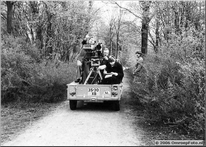 Foto 9-163. De rijdende camera; met regisseur Bob L�wenstein, Wout de Wit en Rudolf Grob