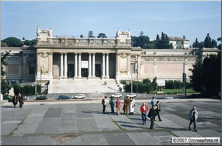 Doos 102 Foto 2029. Rome - alles werkte, dagje vrij, de ploeg speelt toeristje