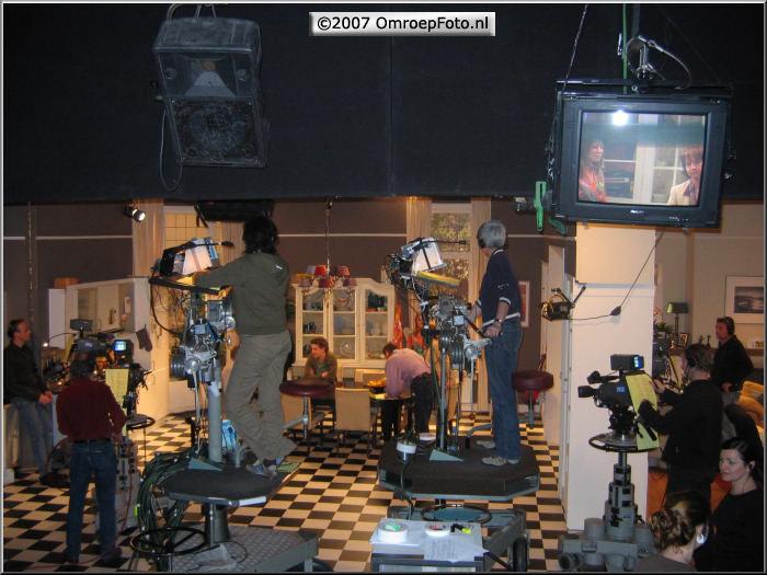 Doos 103 Foto 2048 'BoomMeisjes' in Studio-19 'Kinderen geen bezwaar'