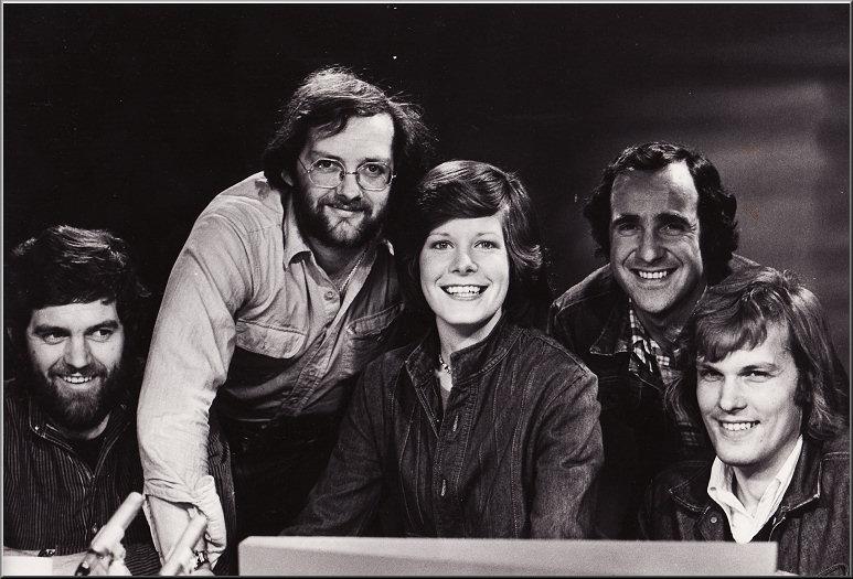 Doos 108 Foto 2159. Laatste 'PS' 24-2-1977 met Luc Kok, Bob Luwer, Maartje, Harry Stelling en Frans de Bruijn