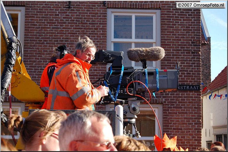 Doos 122 Foto 2434. Koninginnedag 2007 in Woudrichem
