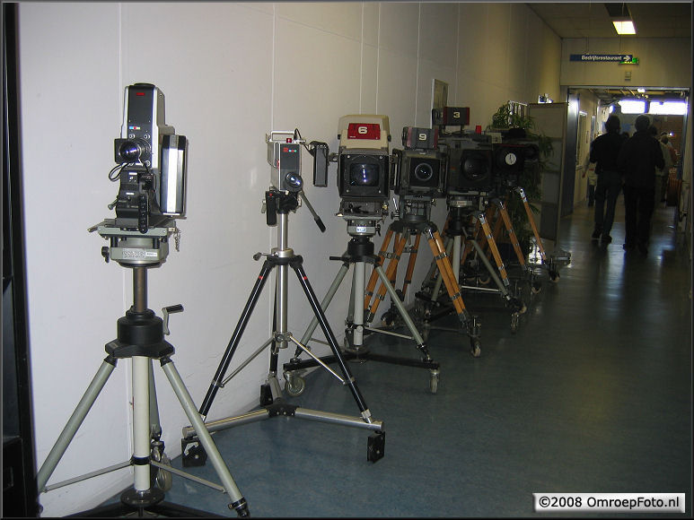 Doos 125 Foto 2485. Training LDK-8000. Verzameling camera's bij Thomson, Breda