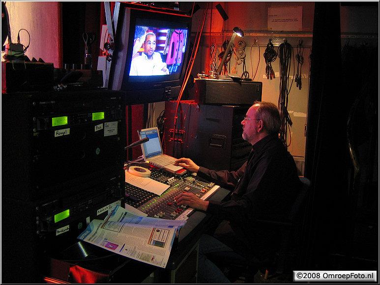 Doos 126 Foto 2514. Janus van den Heuvel in Studio Plantage-2