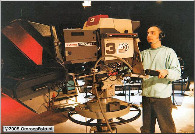 Doos 127 Foto 2537. Camera opleiding bij de opstart actualiteitencentrum. plm. 1990