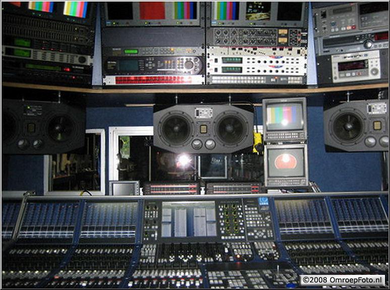 Doos 129 Foto 2575. Audio regie Cinevideogroup OBV10