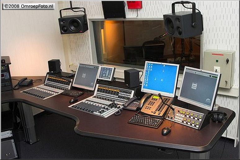 Doos 130 Foto 2584. Radio Gelderland Studio 2