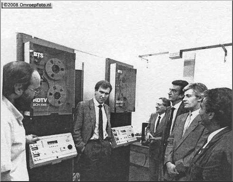Doos 132 Foto 2631. 20 jaar geleden werd met de eerste HD televisie camera opnames op BCH werden gemaakt