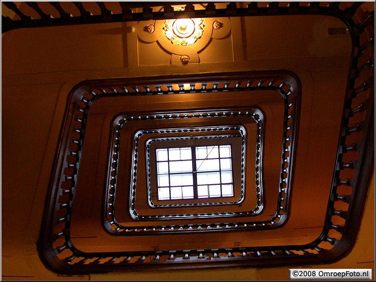 Doos 134 Foto 2669. Het trappenhuis van lokatie Felix Meritus
