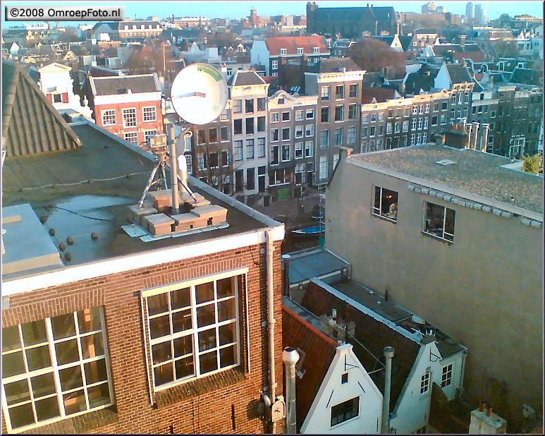 Doos 136 Foto 2718. Straalzender op het dak van Felix Meritus