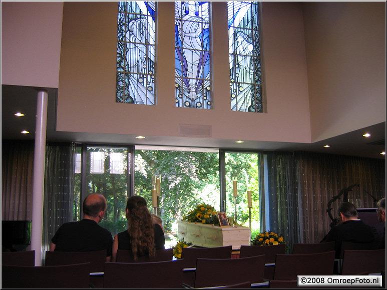 Doos 139 Foto 2767. Crematie van Fons Sluitman