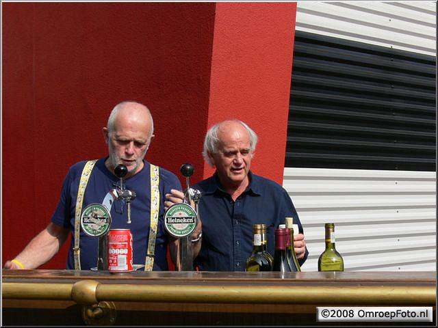 Doos 140 Foto 2784. Receptie van Marcel  Verlaan, Carel lier en Guus Postma