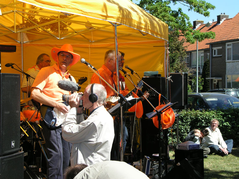 Doos 152 Foto 3024 Jan Hoekstra aan het filmen
