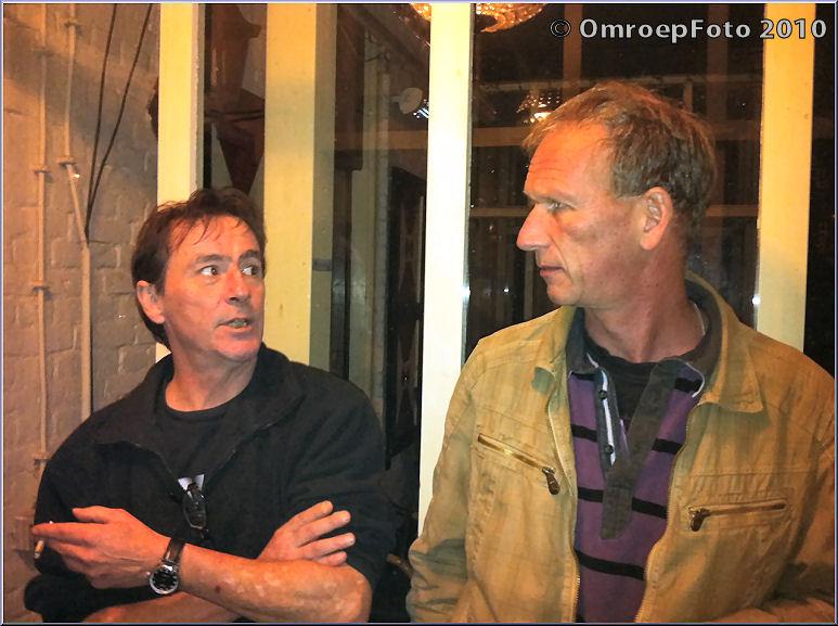 Doos 153 Foto 3041. Bert en Frank in de rookhoek
