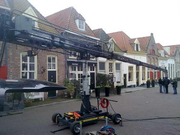 Doos 155 Foto 3097. Egripment Rentals op pad met de Techno 50 in Harderwijk voor een SBS coomercial
