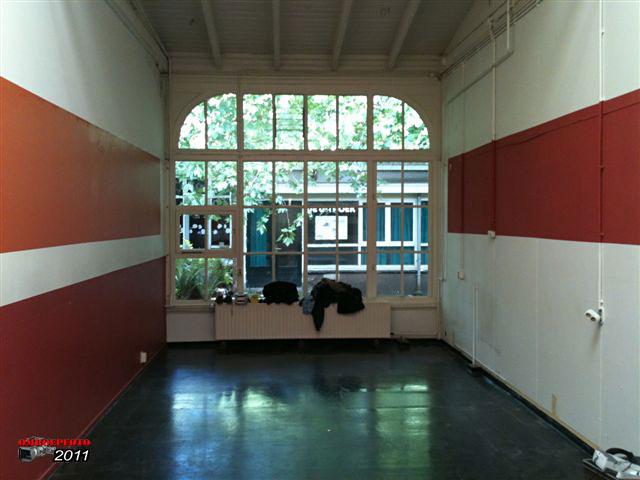 Doos 160 Foto 3198. Ontmanteling van Studio Plantage, juni 2011. Crewroom, eetzaal