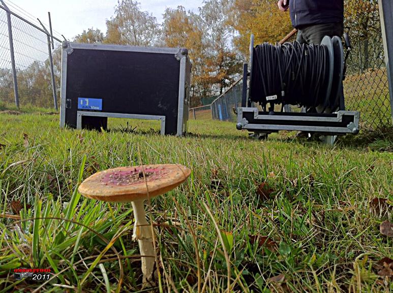 Doos 164 Foto 3266. Kabeltrekken in de warme herfst van 2011