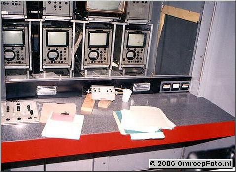 Foto 18-357. CCK Trein-1 Ieder zijn eigen asbak!