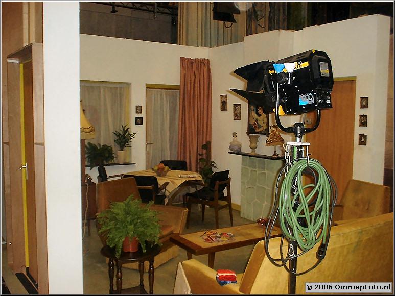 Foto 20-396 . Huiskamer van Ta en To (Klokhuis)