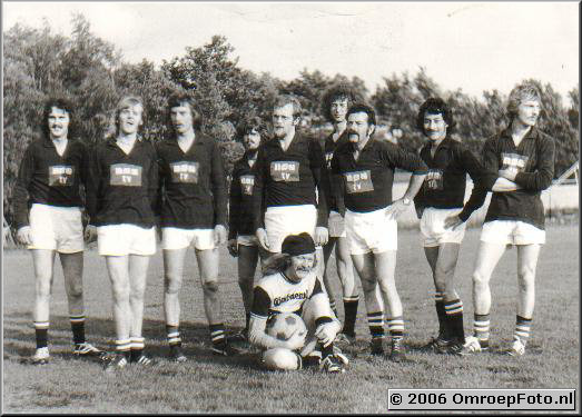 Foto 26-511.NOS Voetbal