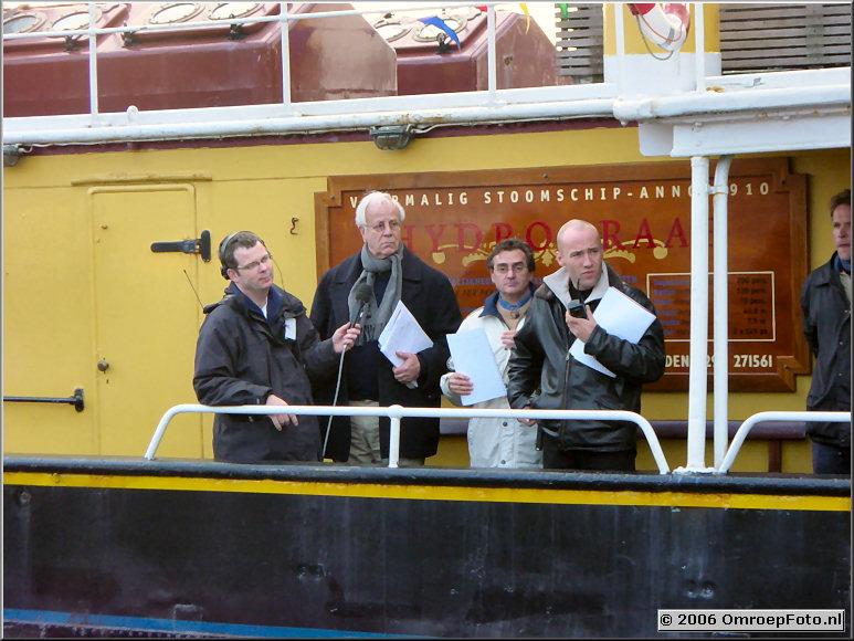 Foto 29-566. SinterKlaas Intocht 2002...Repetitie Eric Pierens (Praatjes Piet), Bram van der Vlught, Michiel Kerbosch en Martijn Beishuizen