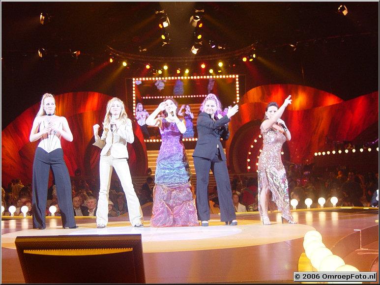 Foto 30-586. 'Song Festival 2003 '