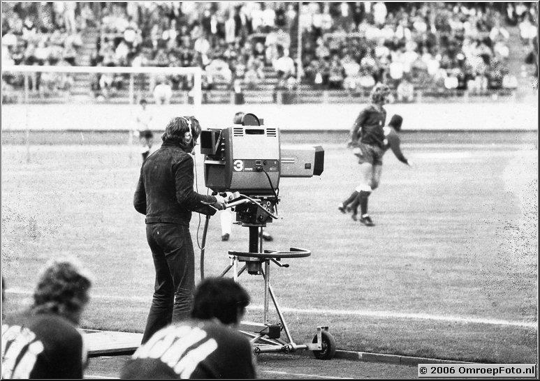 Foto 38-751. Ondergetekende doet camera bij de Olympische spelen in 1972. Wedstrijd Oost-Duitsland Polen in Neurenberg