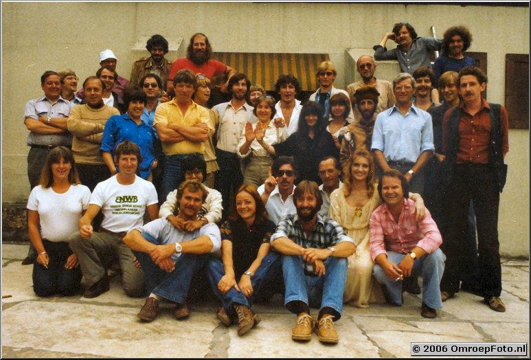 Foto 39-778. Crew en cast van 'Decamerone' in Heilige Landstichting
