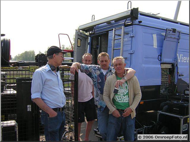 Foto 41-819. Opnames voor 'Met één been in het graf' Ijburg 2006