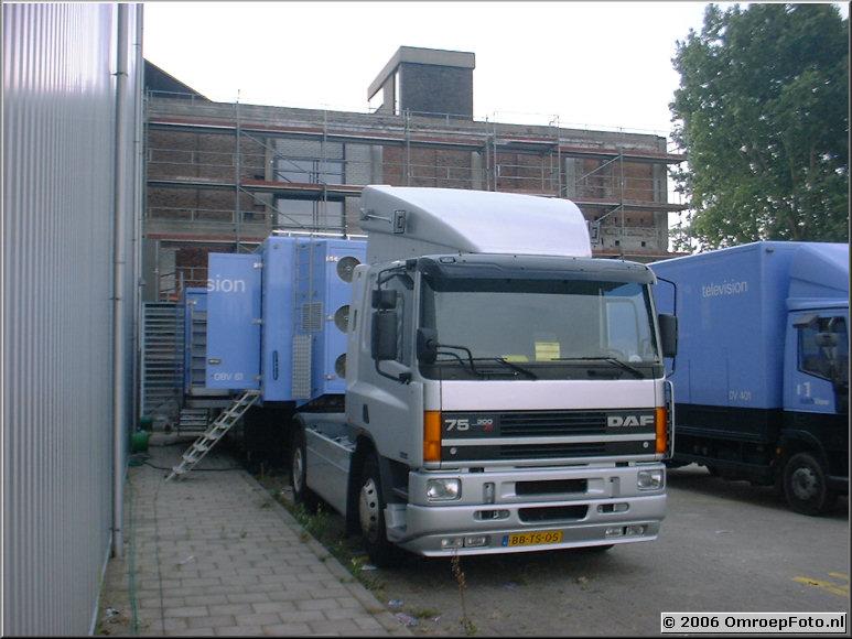 Foto 44-863. OBV-61 met truck