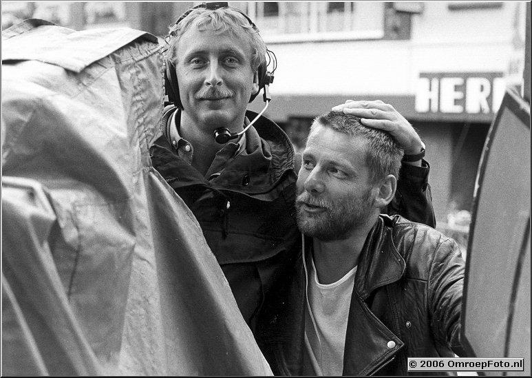 Foto 46-904. Tim Nijzink (werkt nu bij UBF als ENG senior cameraman) en Hans Higler - Nederland Muziekland