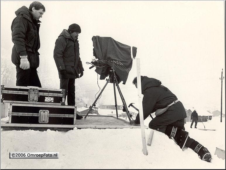Foto 47-931. Henny Vreeswijk en Bob Kat 'Blij, dat ik glij' 1987