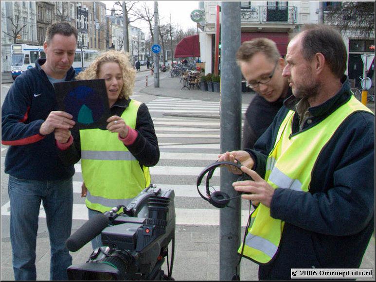 Doos 52 Foto 1040 Leader opnemen voor 'De Leugen regeert' Siwart, Martha, Jelle en Peter