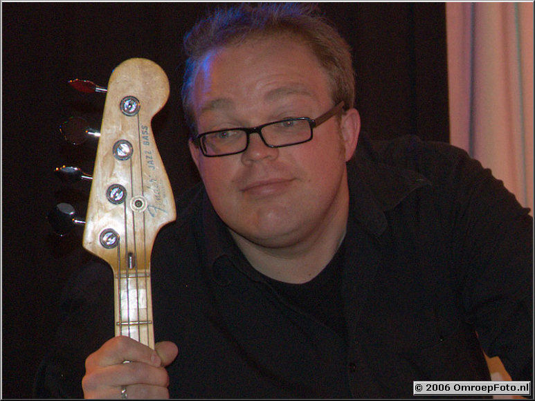 Doos 53 Foto 1050 Bart Wijtman, bassist van 'OcoBar'
