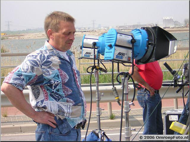 Doos 56 Foto 1114 Jan Kok verlangt naar de studios