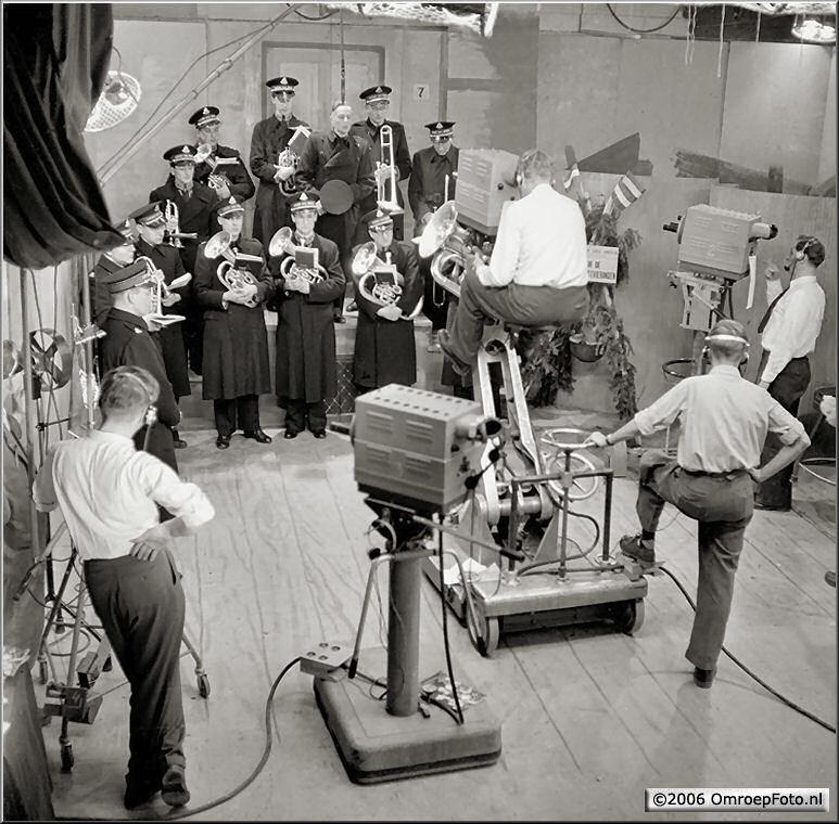 Doos 59 Foto 1169 Leger des Heils 16 december 1952