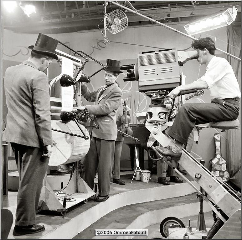 Doos 59 Foto 1170 Paul R�mer en Joes Odufre 1955