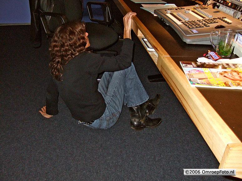 Doos 62 Foto 1232 Martine kan het niet meer aanzien