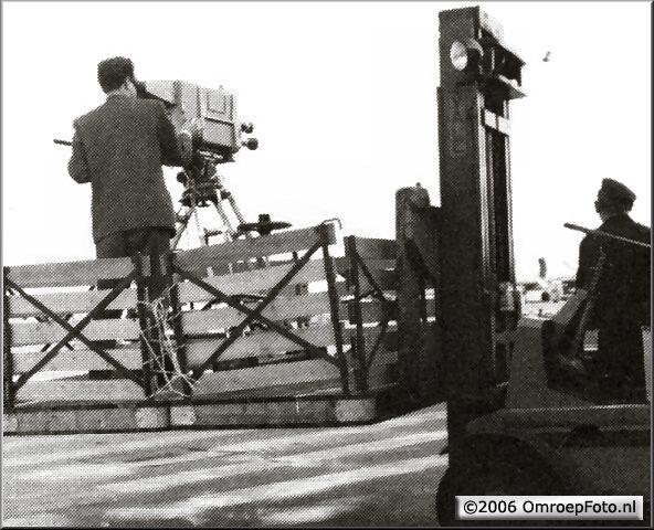 Doos 63 Foto 1256. 1959. Aankomst van Beatrix