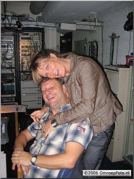 Doos 66 Foto 1317. Operationeel Geluk!...Lichtontwerper Tommy en projectmanager Anja