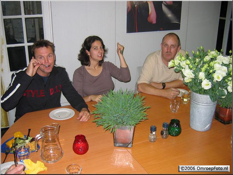 Doos 68 Foto 1345. Etenstijd bij 'Holland Sport'