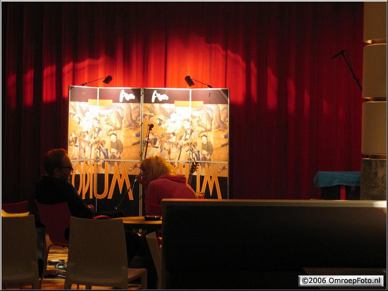 Doos 68 Foto 1360. Radioprogramma 'Opium' in Plantage Studio 1