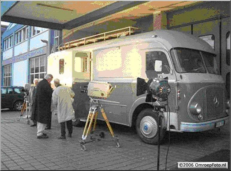Doos 74 Foto 1471. Regiewagen Trein 4. Wagen 43, in gebruik van 1961 tot 1972. In 2006 teruggevonden en staat nu in een museum in Wiesbaden