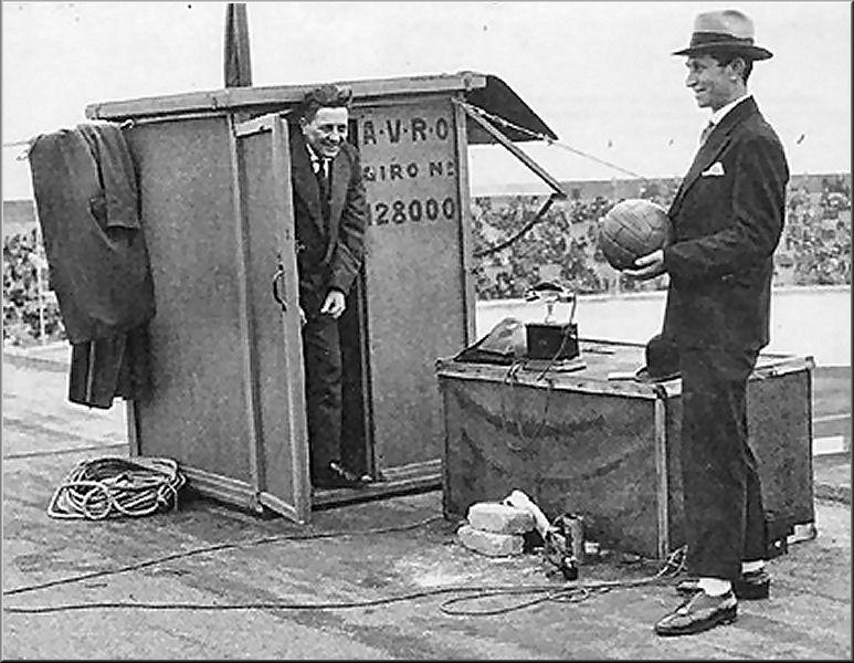 Doos 76 Foto 1507. 'Han Hollander op het Dak' 1928