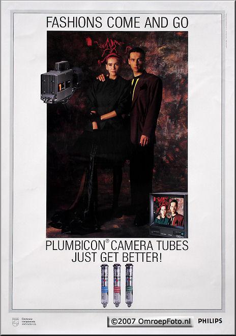 Doos 82 Foto 1634. Poster over Plumbicons
