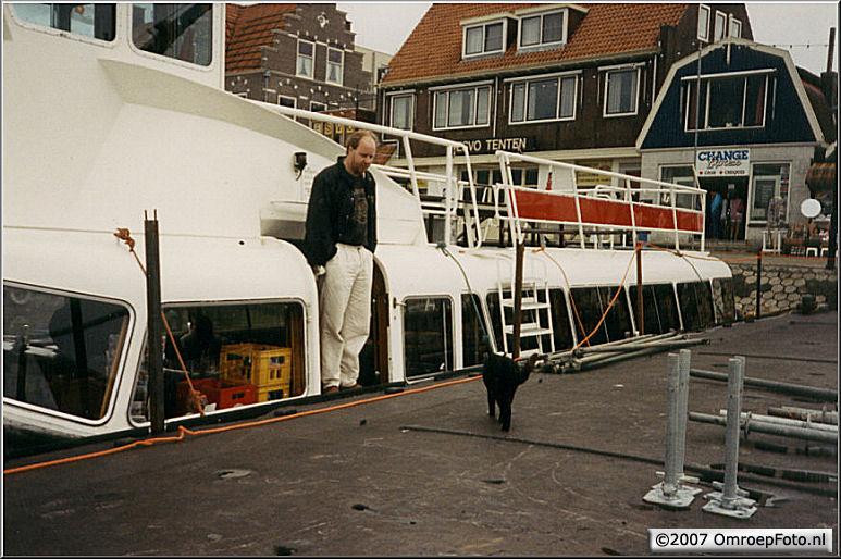Doos 85 Foto 1683. 'Nederland Muziekland' in Volendam
