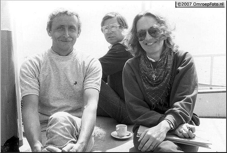 Doos 85 Foto 1699. Tim, Joop en scriptgirl Anneke Herbschleb.