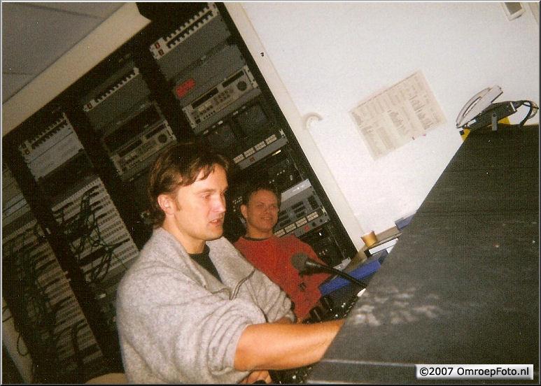 Doos 87 Foto 1734. Peter Verkerk en Bas Sterenberg in de CCK studio 24