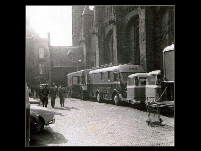 Doos 95 Foto 1898. NTS Wagen-9 Trein-1 1966 (Prinsjesdag Den Haag)